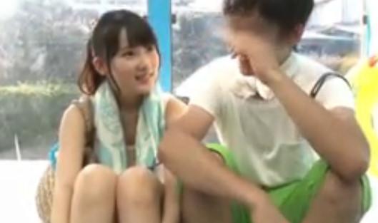 マジックミラー号 激カワ女子大生が彼氏の視線を感じながらもMM号で寝取られます!